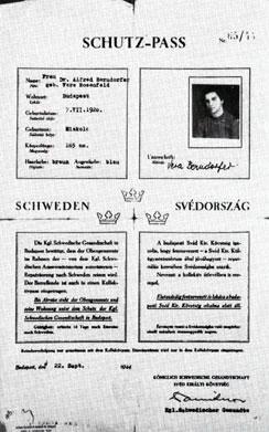 один из шведских паспортов, который Рауль Валленберг выдавал будапештским евреям